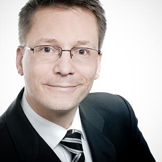 Dr. Christian Behrens